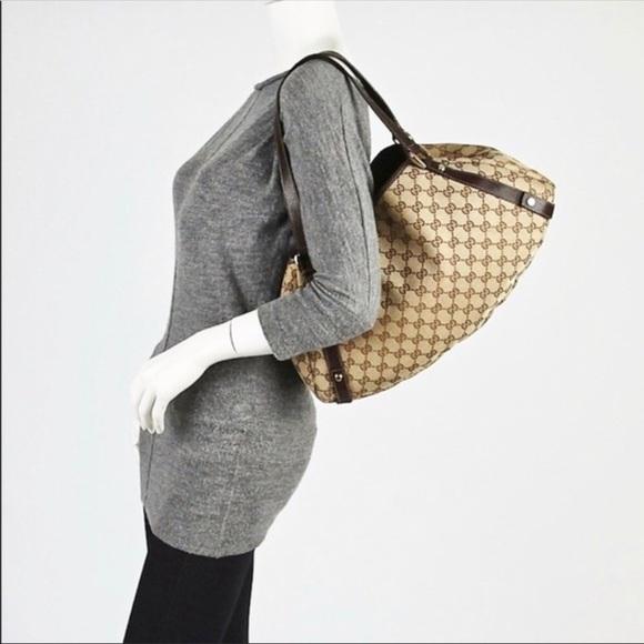 3f493860061 Gucci Handbags - GUCCI Beige Ebony GG Canvas Abbey Tote Bag